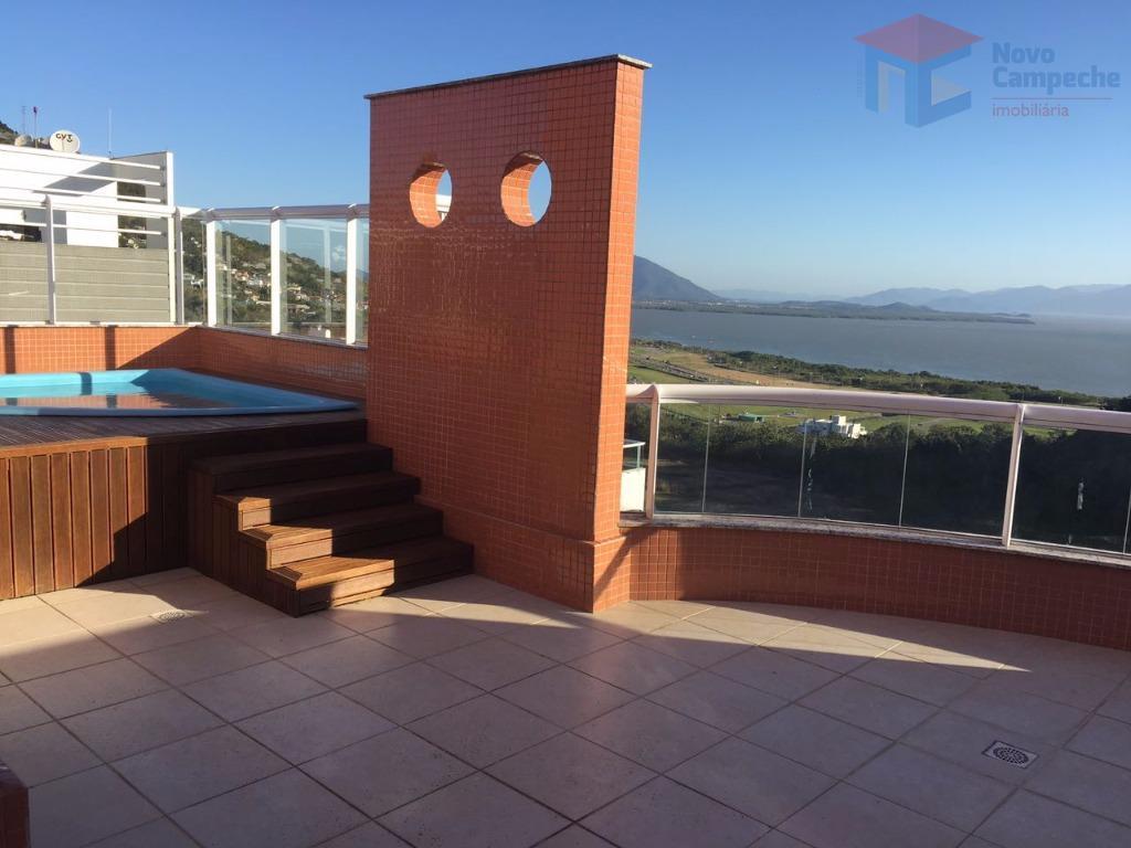 belíssima cobertura no pantanal com vista para o mar!cobertura com 3 dormitórios, sendo 1 suíte, um...