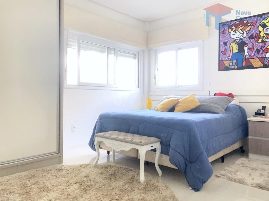 Apartamento com 3 dormitórios à venda, 154 m² por R$ 1.290.000