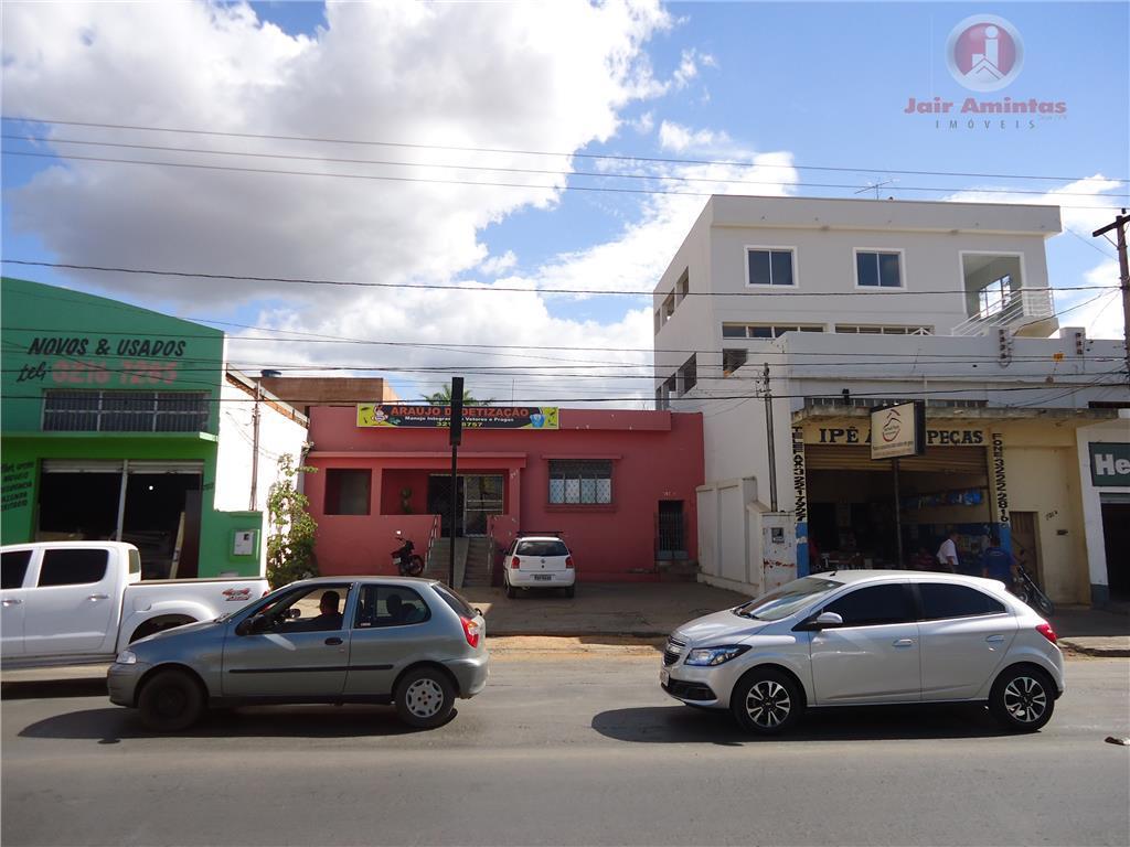 Casa residencial à venda, Vila Brasília, Montes Claros.
