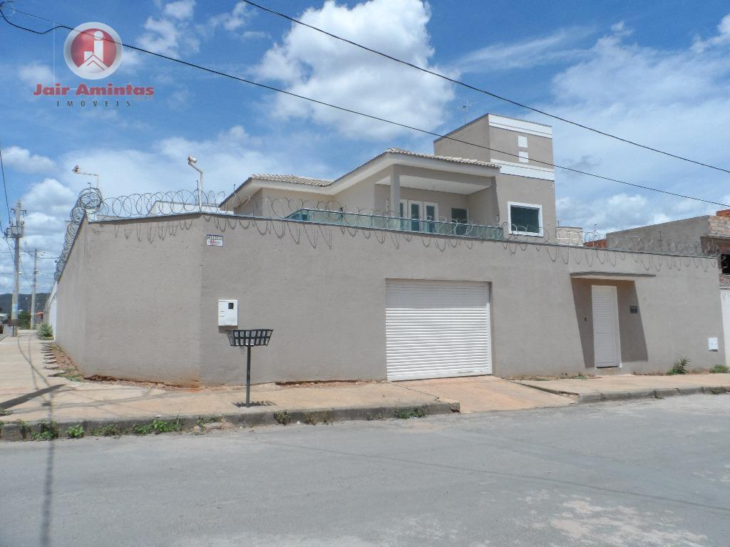 Casa residencial à venda, São Mateus, Montes Claros.