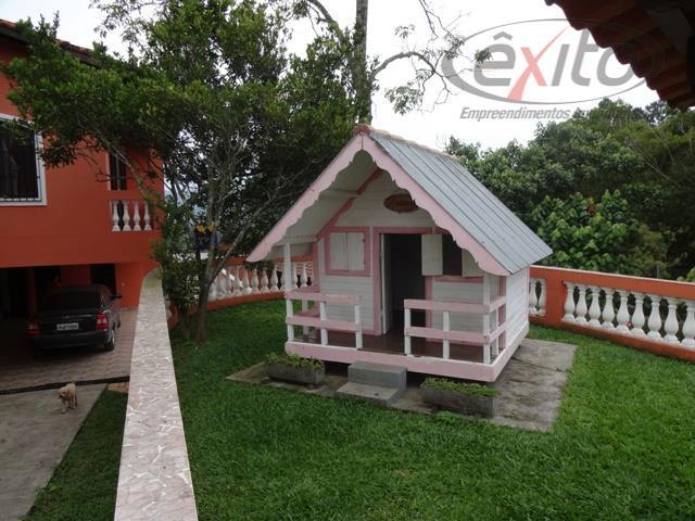 linda chácaracasa principal com 4 dormitórios, sendo duas suítes (uma com sala), w.c. social com hidro....