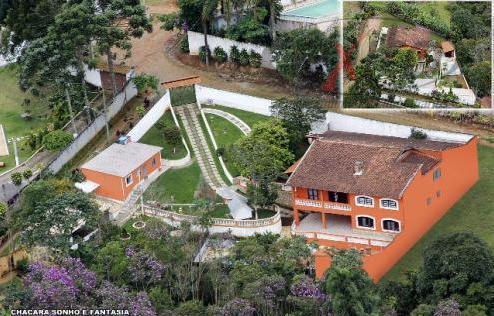 Ótima Chácara com 1.230m² em Suzano
