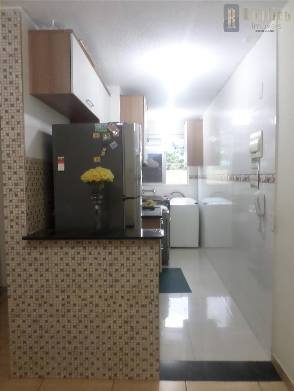 Apartamento residencial à venda, Comendador Soares, Nova Iguaçu.