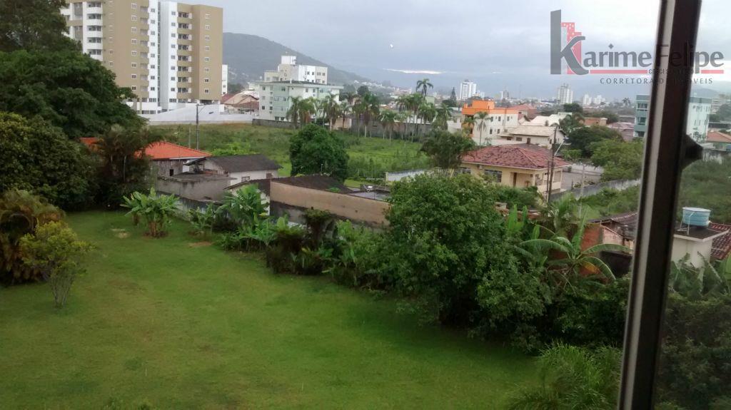 Excelente oportunidade 2 quartos e garagem em Biguaçu