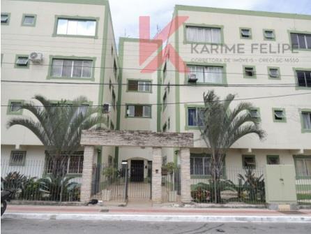 Kitnet  residencial à venda, Kobrasol, São José.
