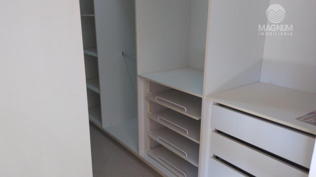 bela casa, reformada;03 dorm sendo ambos c/ armários embutidos e 01 tipo apto, sacada;04 vagas p/...