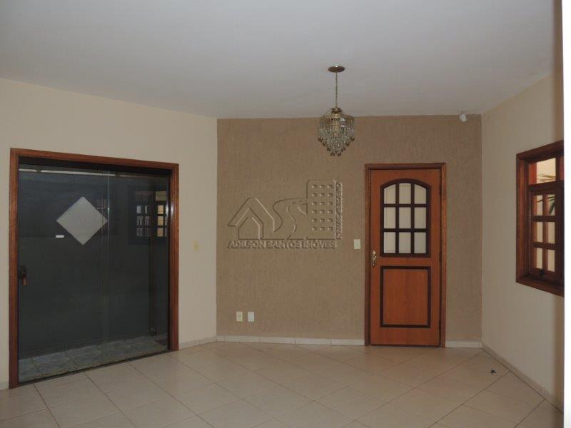 Casa residencial para venda e locação, Jardim Carlos Gomes, Pirassununga.