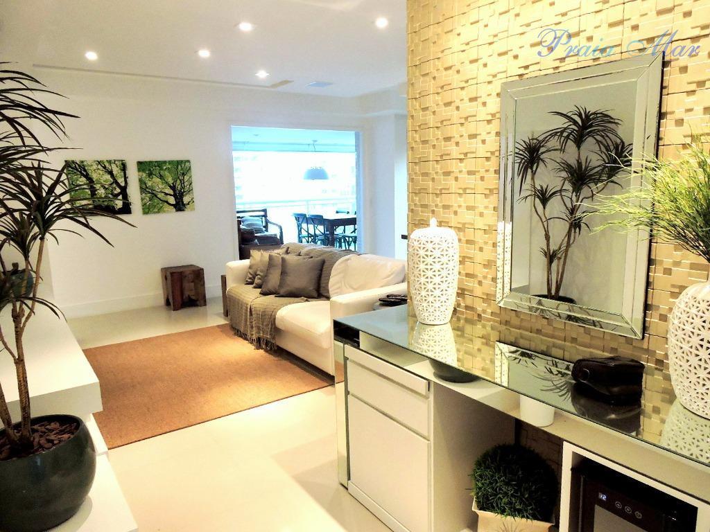 Lindo apartamento, prédio novo,  03 dormitorios, sendo 02 suíte,  andar alto, 02 quadras da Praia.