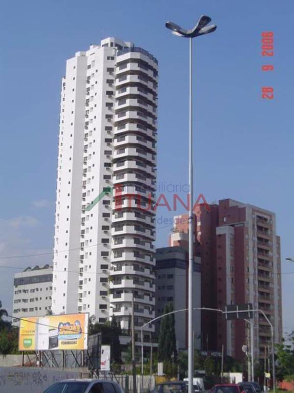 o ed. torre branca é um autêntico altíssimo padrão (apenas 1 apartamento por andar), hall privativo,...