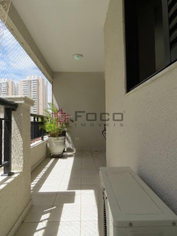 Apartamento residencial à venda, Parque Residencial Aquarius, São José dos Campos - AP1516.