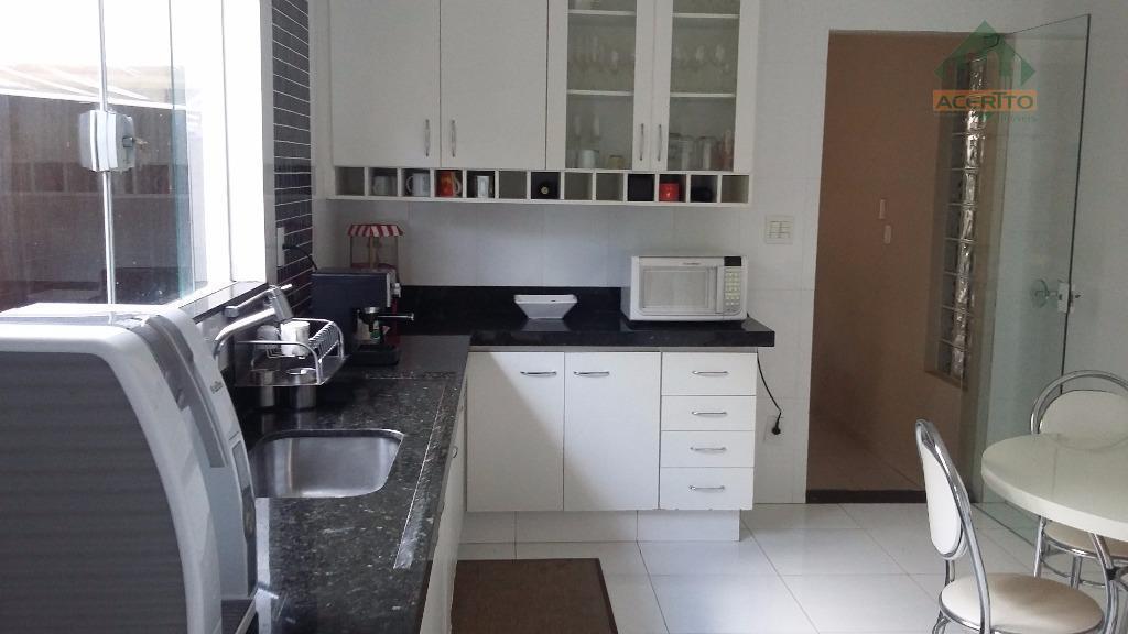 Casa residencial à venda, Vila Estádio, Araçatuba.