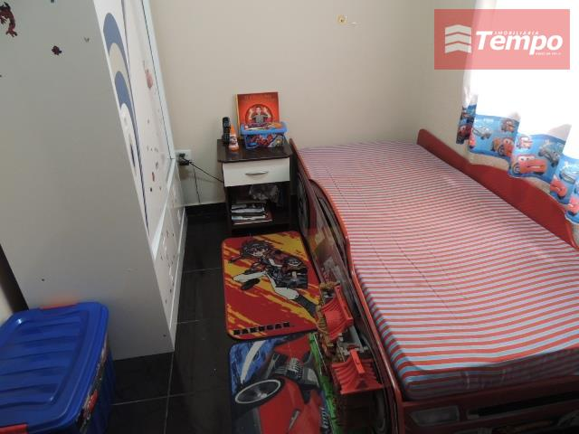 casa assobradada com 3 dormitórios, sendo uma suíte com hidromassagem, aquecedor solar, banheiro social, sala com...