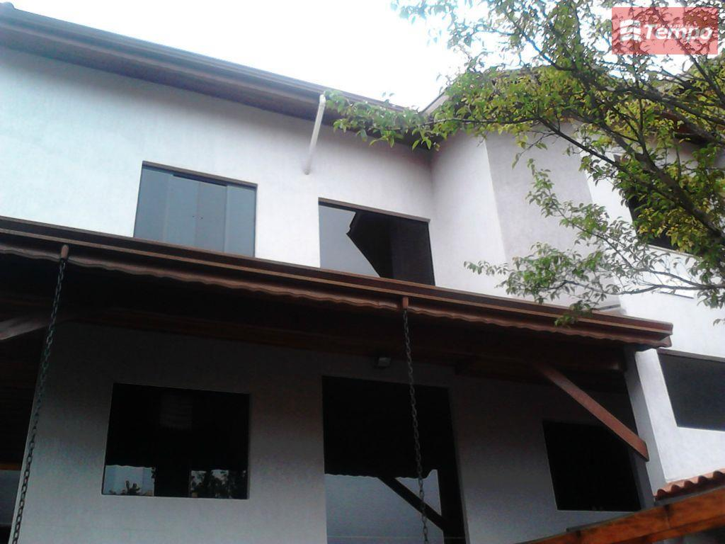 Sobrado residencial à venda, Parque São Vicente, Mauá.