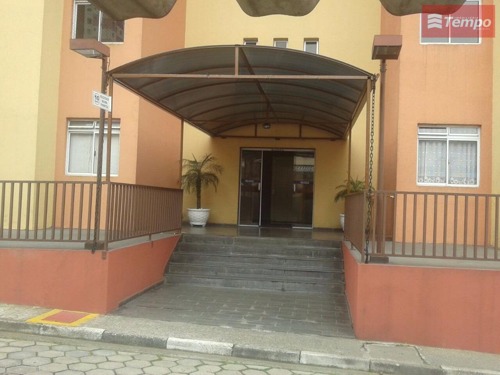 Apartamento residencial à venda, Vila São Francisco, Mauá.