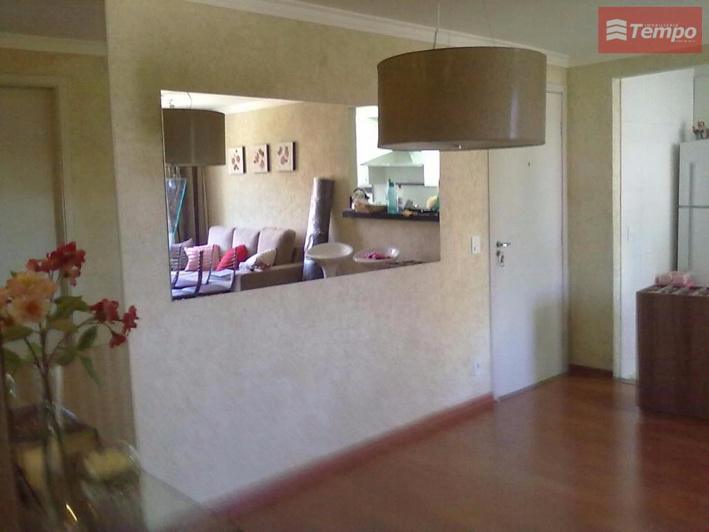 lindo apartamento, totalmente mobiliado. acabamento de primeira linha. 02 dormitórios (01 suíte), wc social, sala de...