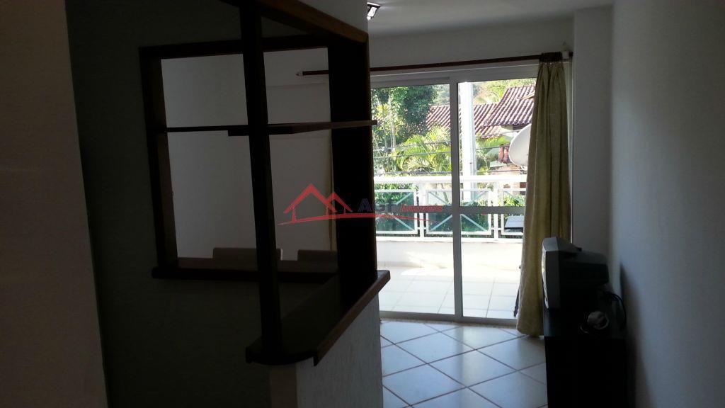 Apto duplex 01 quarto mobilhado em Itaipu