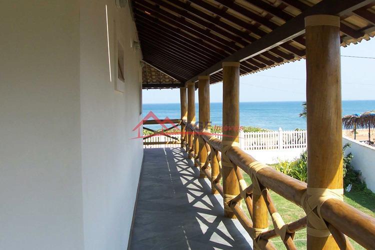 Casa 05 Suítes na Beira mar em Itaipuaçu