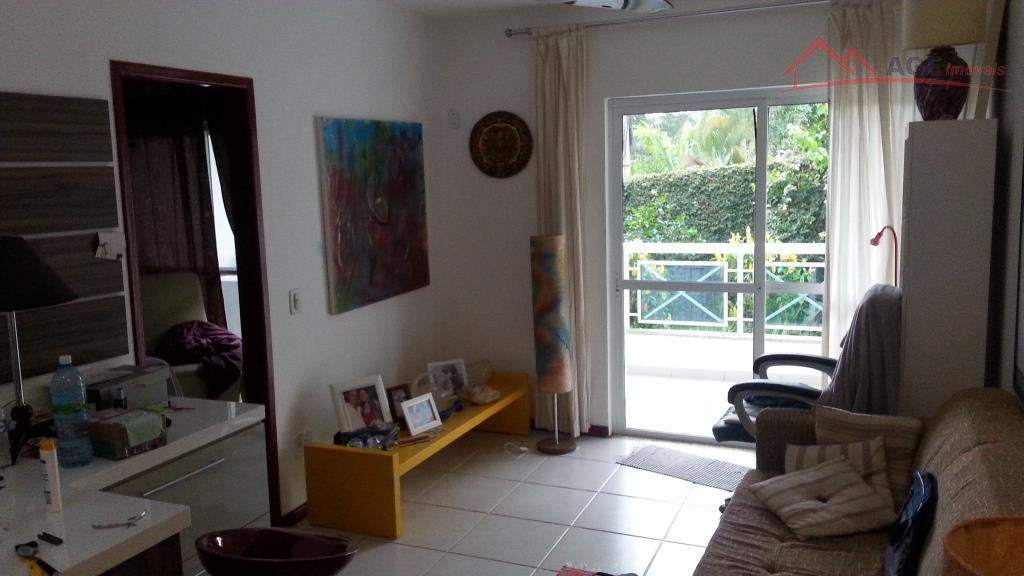 Oportunidade!!! Quarto e sala 01 vaga com armários em Itaipu