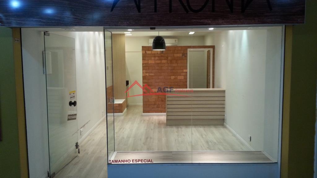 Loja 43 m2 no Cancun Center Itaipu