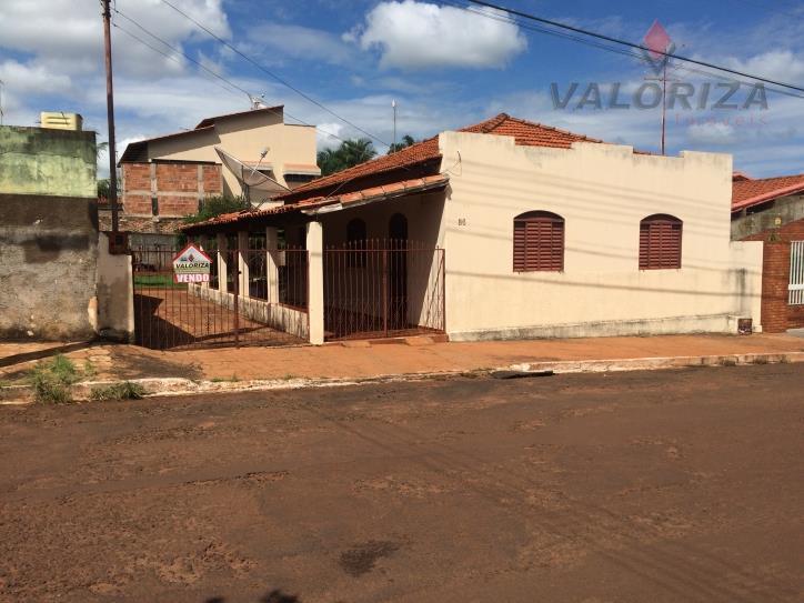Casa a Venda em Quirinópolis, Centro