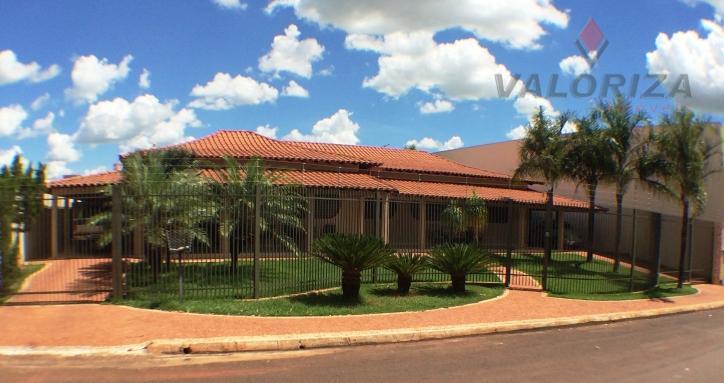 Casa a venda em Quirinópolis, Jardim Bom Pastor