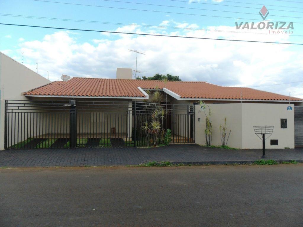 Casa residencial à venda, Centro, Quirinópolis - CA0125.