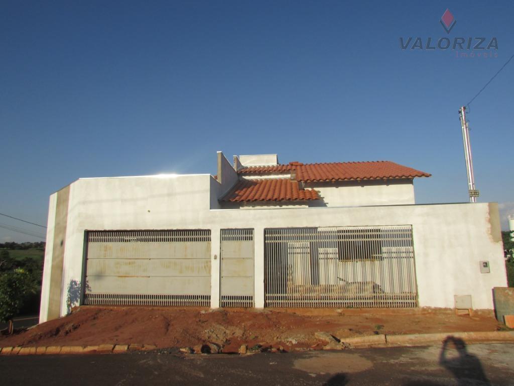 Casa com 3 dormitórios à venda, 130 m² por R$ 210.000 - Morumbi - Quirinópolis/GO