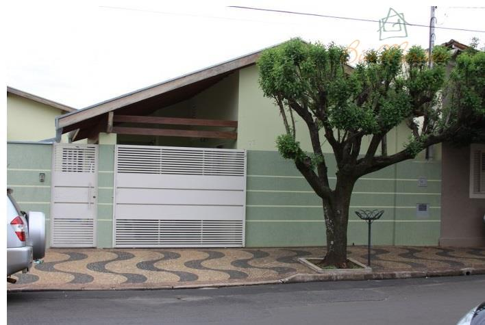 Casa residencial à venda, Centro, Leme.