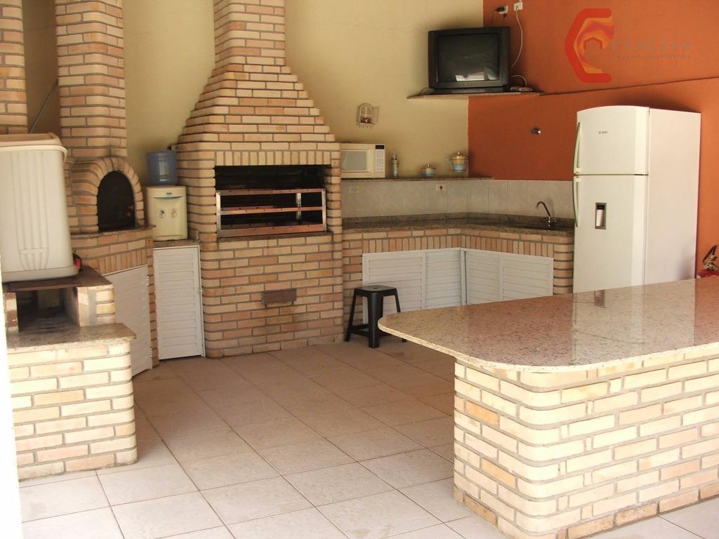 Apartamento de 3 dormitórios à venda em Santa Terezinha, São Paulo - SP
