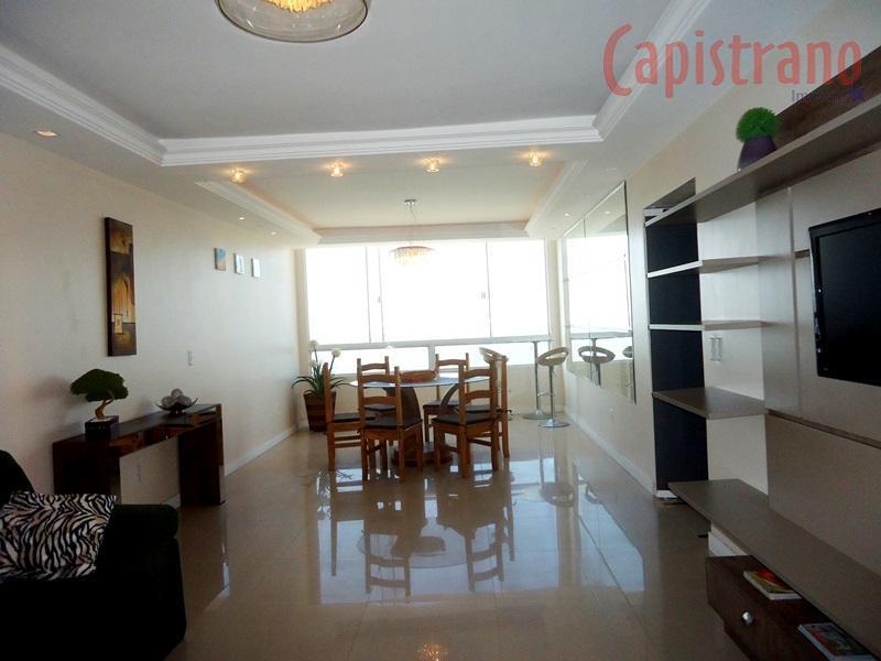 Apartamento frente mar em Balneário Camboriú