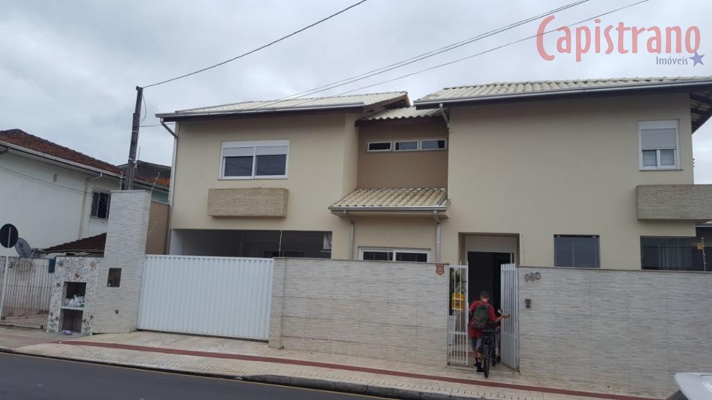 Casa residencial à venda, Centro, Balneário Camboriú.