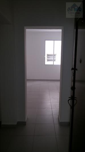 Apartamento com vista para o mar, reformado, 1 dormitório