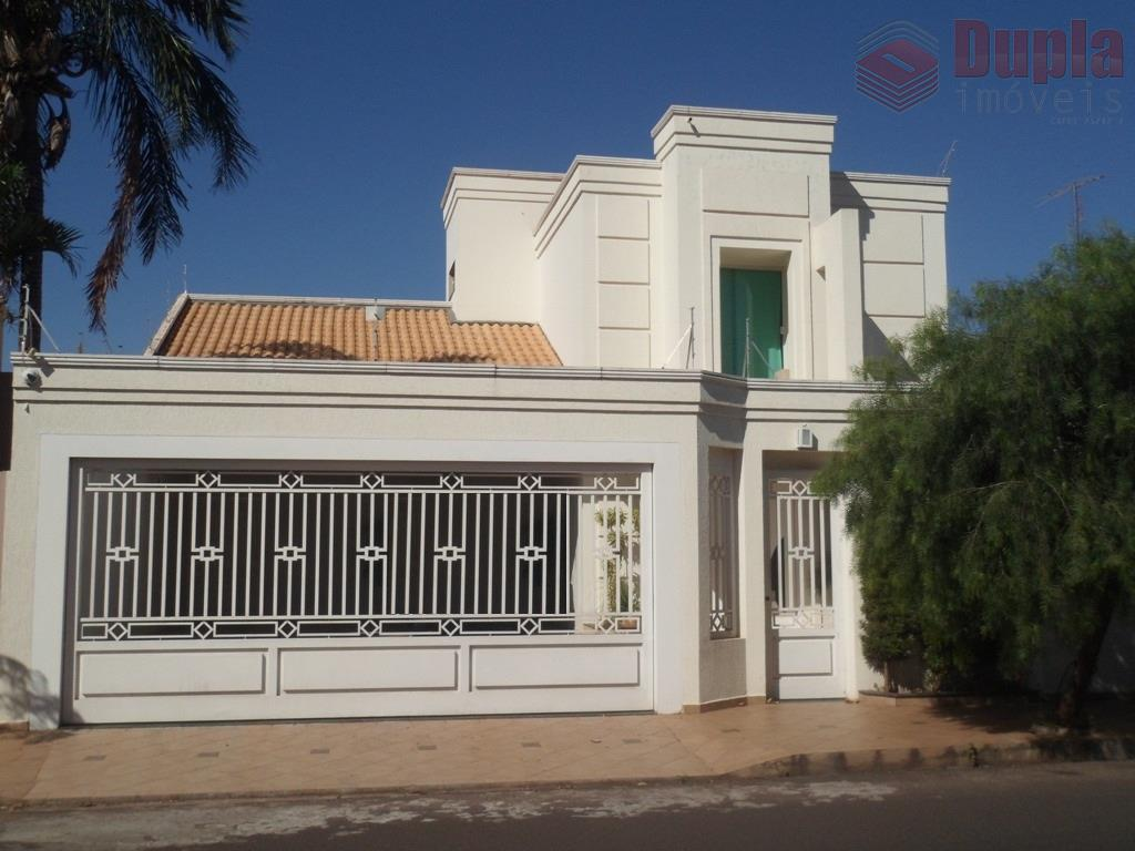 Casa residencial à venda, em região Central em Birigui/SP
