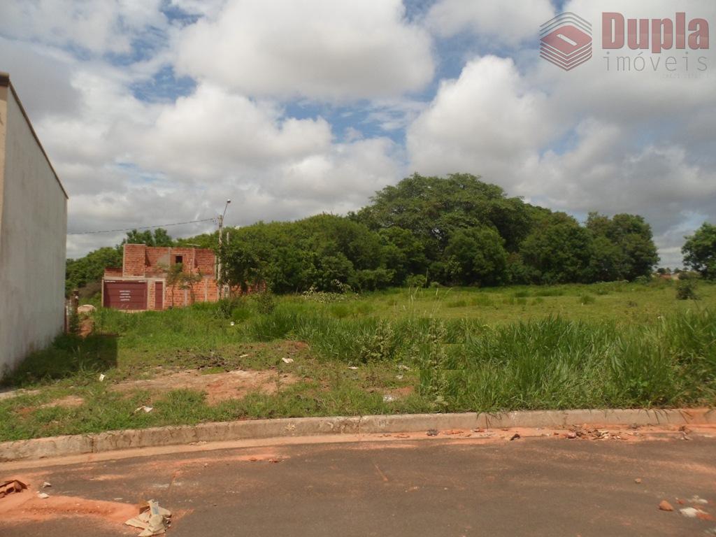 Oportunidade para investidores! Lote residencial à venda com entrada mais parcelas no Bairro Jardim das Oliveiras em Birigüi/SP