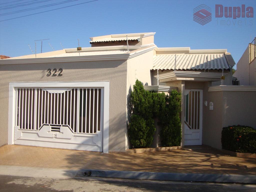 Casa à venda no Residencial das Aroeiras em Birigüi/SP