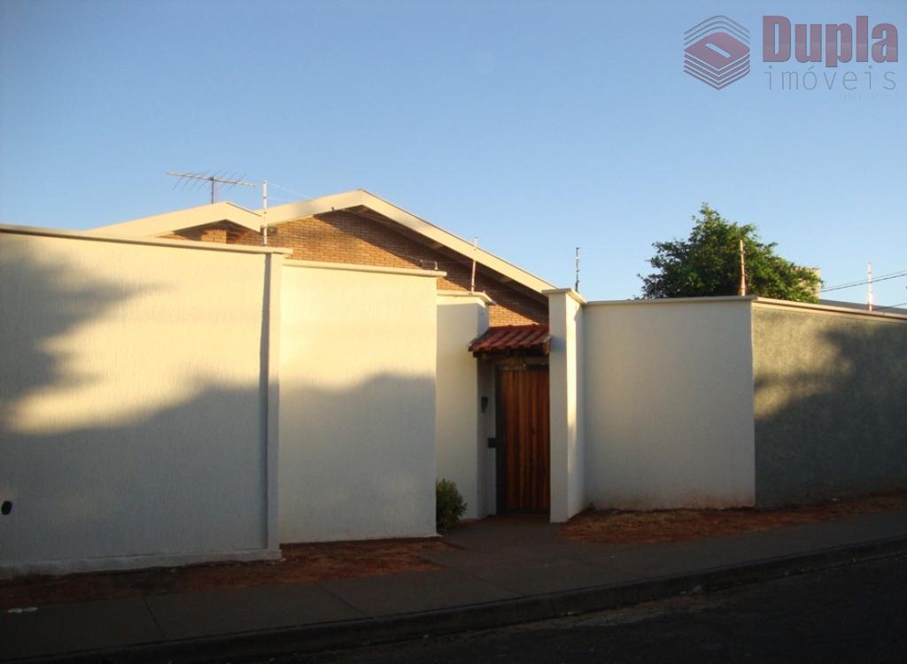 Casa de alvenaria no bairro Novo Jardim Stábile em Birigui/SP