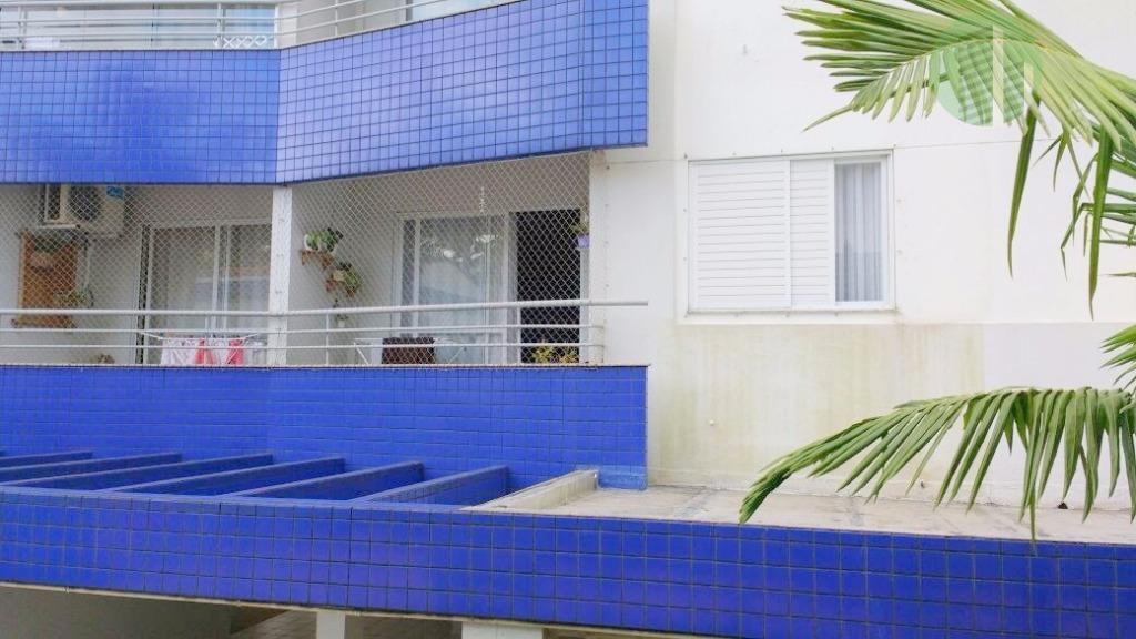 apartamento com 3 quartos sendo 1 suíte (com ar condicionado), móveis planejados nos quartos, banheiros, cozinha...
