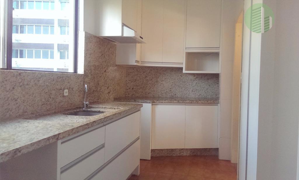 Rua Esteves Jr. | Apartamento 4 Quartos e 2 Vagas | 145m²