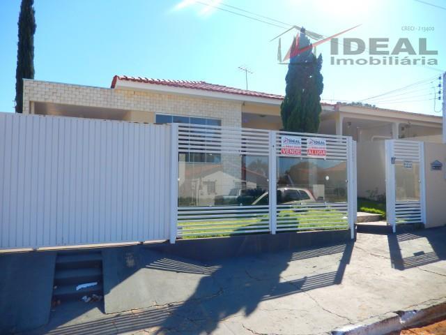 Quatro Dormitórios (1 suíte) Setor Costa Nery