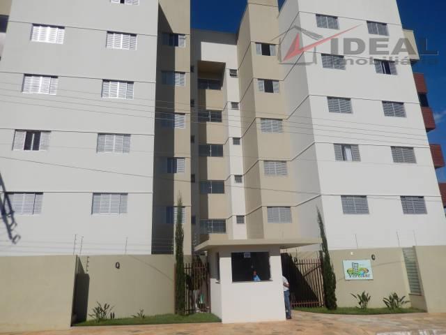 Apartamento três quartos (1 suíte) Rodrigues