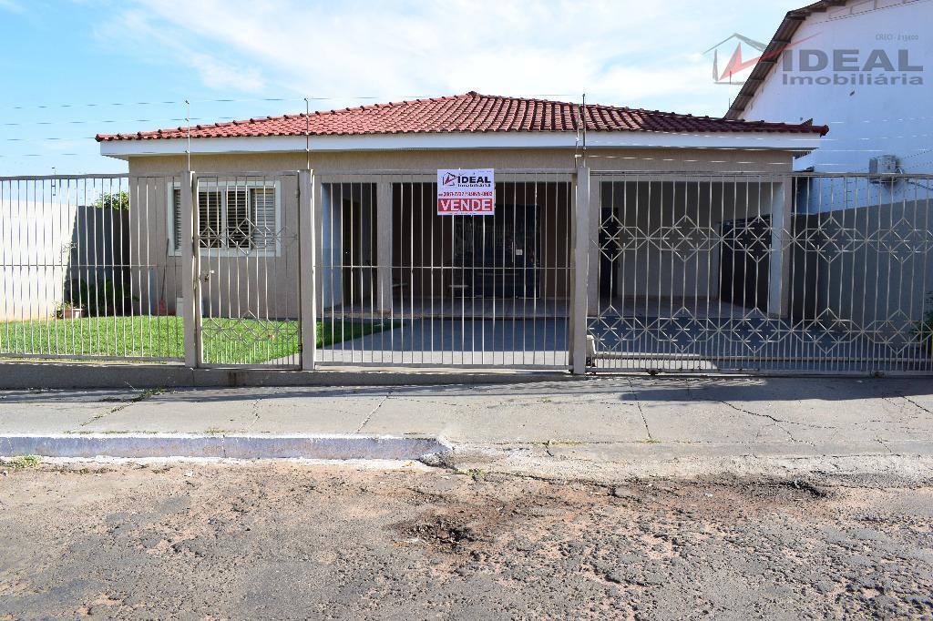 Casa residencial à venda, Popular, Mineiros.