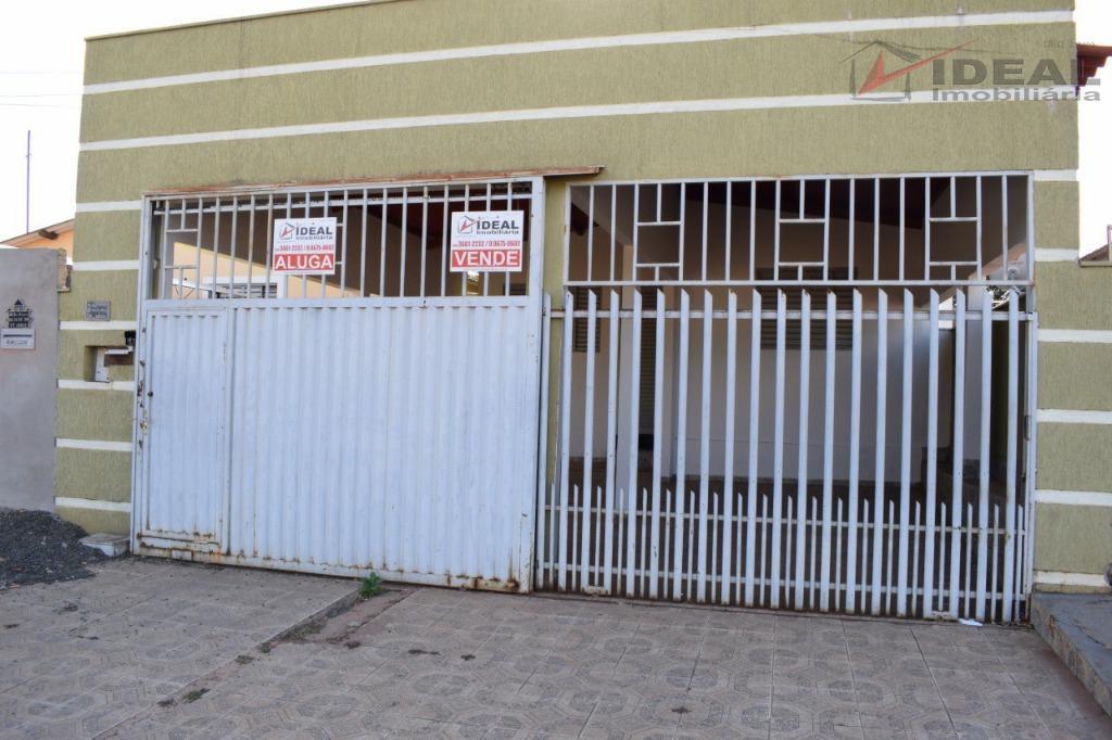 Casa residencial para venda e locação, Setor Ioris, Mineiros.