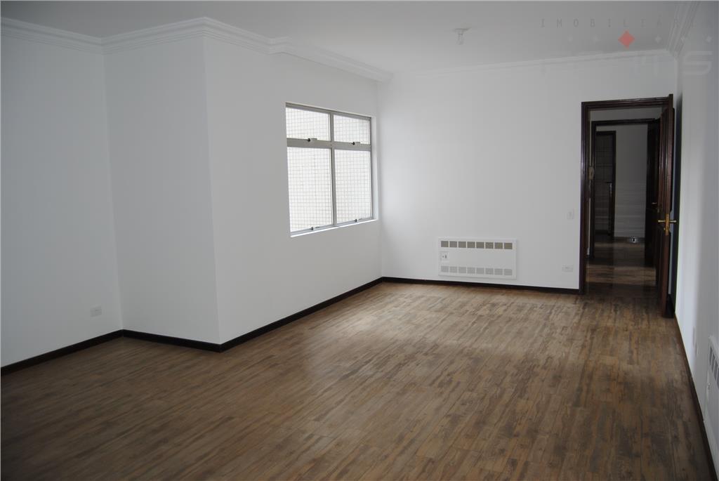 apto. 1 por andar, hall de entrada, escritório, lavabo, sala grande para 4 ambientes, sala de...