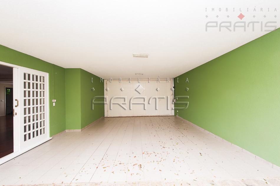 casa condominio fechado - piscina aquecida-1º pav. lavabo, sala com lareira, escritório com armarios, sala de...