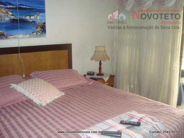 lindo sobrado com 270 m² área construída, 4 dormitórios, sendo 2 suítes, uma com hidromassagem e...