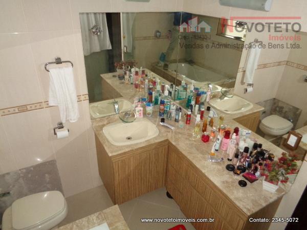 lindo sobrado, excelente localização, tudo de 1, c/3 dorms., sendo 1 suite c/closet, sala 2 ambs.,copa...