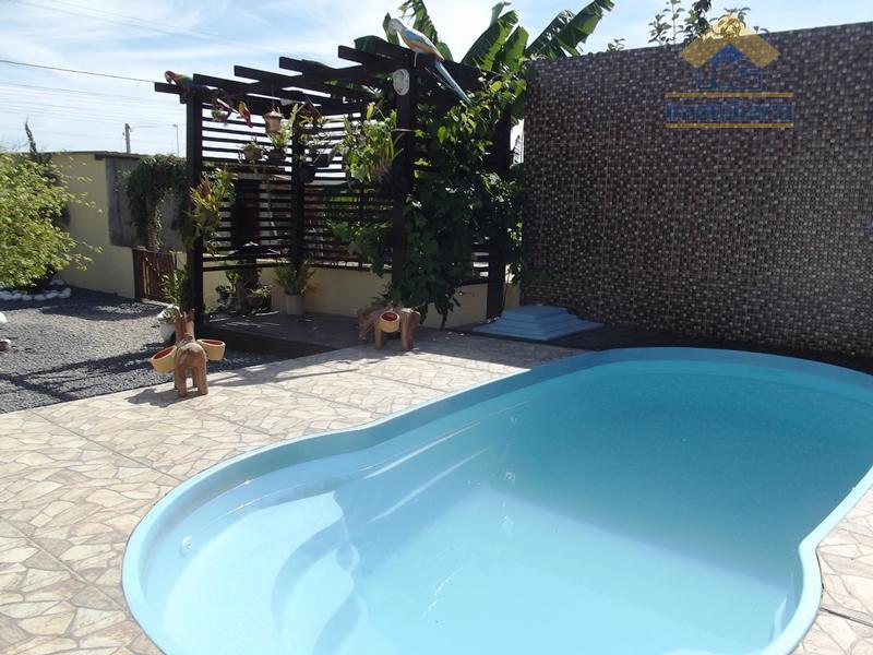 Casa  residencial à venda, Meia Praia, Navegantes.