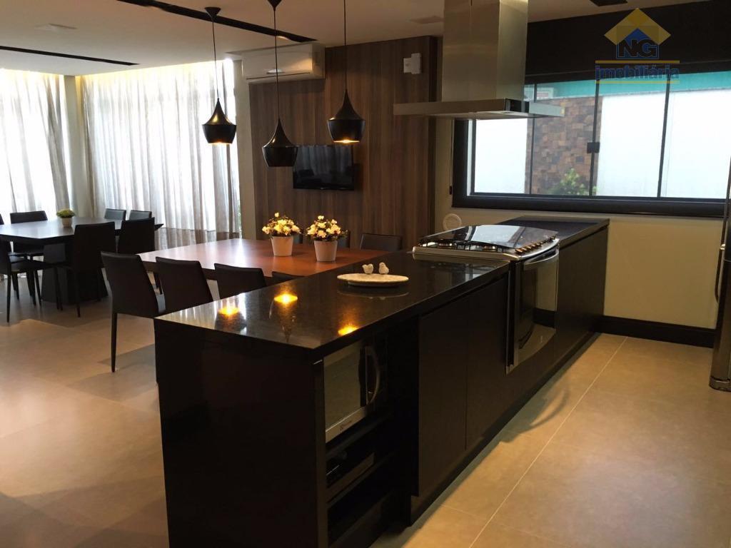 Apartamento residencial à venda, São Pedro, Navegantes.