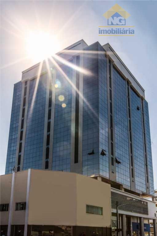 Sala comercial para venda e locação, Centro, Navegantes.