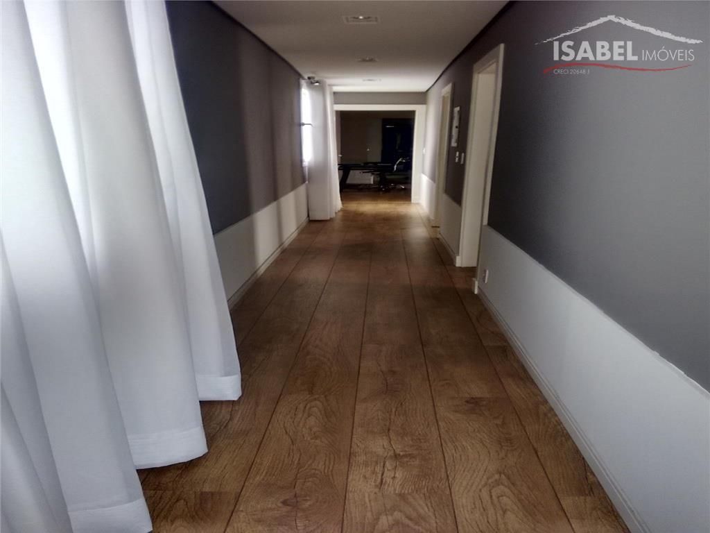 térreo- sala para 3 ambiantes, cozinha, lavabo, espaço gourmet, churrasqueira, piscina com ducha e banheiro, área...